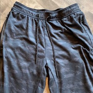 Men's Small American Eagle Camouflage Joggers